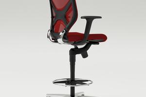 Der Counterstuhl IN lässt sich auf eine Sitzhöhe von 66 bis 78 cm einstellen