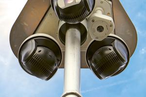 Für den Einsatz auf Baustellen eignen sich idealerweise mobile Videoüberwachungslösungen, wie z. B. dieser Video Tower