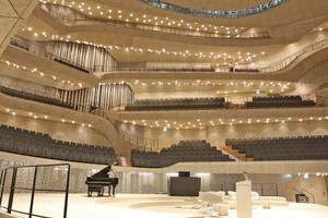 Als einer der modernsten Konzertsäle der Welt stellt dieser hohe Anforderungen an Lüftung und Klimatisierung: exzellente Raumluft bei möglichster Geräuschlosigkeit