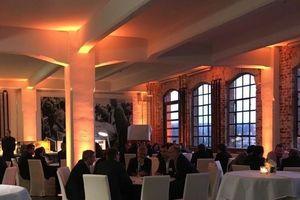 Der GEFMA-Arbeitskreis ipv hat sich als interessanter Gastgeber etabliert und hat auch in deisem Jahr für einen intensiven Austausch namhafter Auftraggeber für FM-Leistungen gesorgt. Bereits zum 4. Mal traf man sich am Vorabend zur INservFM in der Frankfurter Klassikstadt