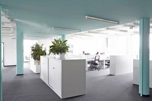 Open-Space-Büroflächen mit Direkt-Raumluftbefeuchtung