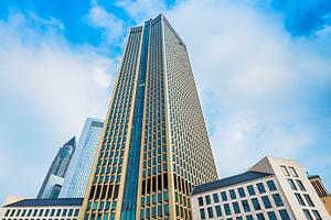BNP Paribas Real Estate übernimmt Property Management für Frankfurter Tower 185