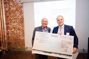 Glücklicher Gewinner: Alexander Odin (rechts im Bild) ist mit seinem 1. Platz der FM-Impulsgeber 2018<br />
