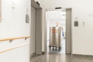 In sensiblen Bereichen wie OP-Sälen, Labor-, Quarantäne- und Röntgenräumen verhindern die M5-Türen das Austreten bzw. das Eindringen von Krankheitserregern