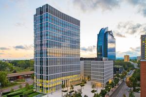 """Mieter des St Martin Towers können die komplette Beleuchtungsinstallation samt Steuerungstechnologie für ihren Bürobereich über ZGS planen und umsetzen lassen. Gleichzeitig kommen """"Digital Services"""" zum Einsatz"""