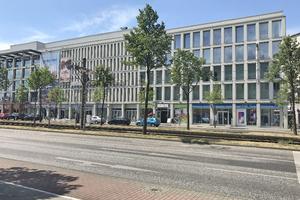 Apleona HSG Facility Management hat im Auftrag der IK MEGA 4 Service GmbH zum 1. Juli technische und infrastrukturelle FM-Leistungen im Quartier Hellersdorf in Berlin übernommen