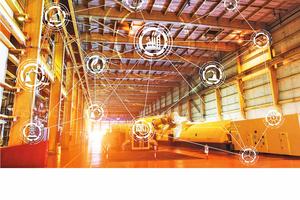 """Die Broschüre """"Advanced Services"""" von Regiolux zeigt, welchen Beitrag Leuchten im Sinne einer vernetzten Infrastruktur leisten können und beschreibt integrierte Lösungen im Internet of Things (IoT)"""