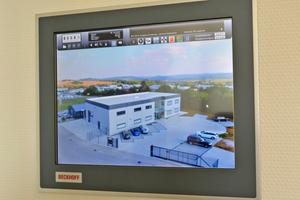 Die Steuerung des gesamten Gebäudes basiert auf einem Beckhoff Automatisierungssystem mit Bedientableau und PC-basierter Steuerungstechnologie
