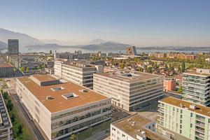 Der neue Campus in Zug mit Produktion und Bürogebäude