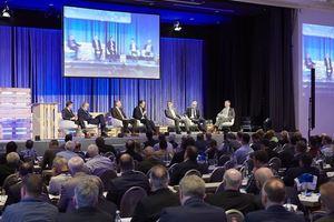 """Bei der diesjährigen Podiumsdiskussion steht das Thema """"Energieeffizienz als Baukostentreiber?"""" auf der Agenda"""