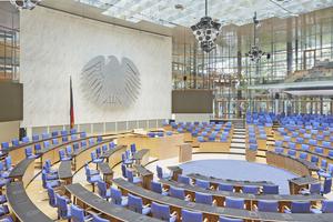 Das World Conference Center Bonn (WorldCCBonn) bietet als Tagungs- und Kongresszentrum bis 7000 Menschen Platz