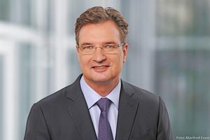 Höfling übernimmt die Aufgabe vom bisherigen CEO Thomas Schmidt, der zum 1. Juli 2019 Vorsitzender des Vorstands der Haniel-Holding wird