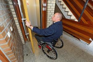 Beschwerlich: Türen, die von Hand geöffnet werden müssen