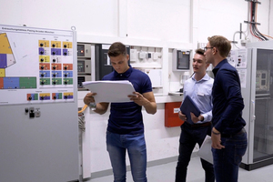 "<irspacing style=""letter-spacing: -0.005em;"">In den Pasing Arcaden schlüpfen die Studierende des Studiengangs Facility Management an der Dualen Hochschule Baden-Württemberg (DHBW) Stuttgart in die Rolle eines Technical Managers </irspacing>"