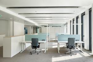 Die offenen Bürostrukturen ermöglichen Arbeitsplatzsituationen für 8 bis 20 Personen