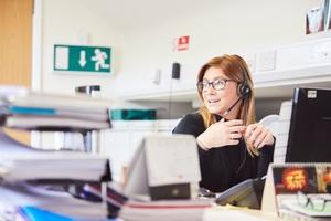 Ein einheitlicher und zentraler Datenbestand sorgt dafür, dass Kundenanfragen schneller bearbeitet werden können