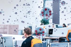 Eine Mindestluftfeuchte kann die Ausbreitung und das Überleben von Viren am Arbeitsplatz eindämmen