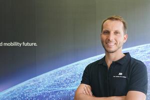 Matthias Suttner rät bei der Entwicklung zukunftssicherer Ladekonzepte für Elektromobilität zu herstellerunabhängigen, offenen und jederzeit skalierbaren Lösungen