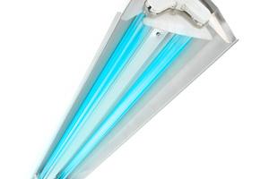 Eine Lösung zur Oberflächendesinfektion bietet die UV-C-Desinfektionslichtleiste