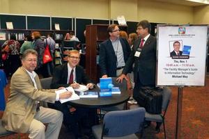 Vorstellung des englischen Buchs und Book Signing 2012 in San Antonio mit Ko-Autoren