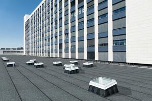 Durch die neuen Flachdachfenster mit Echtglas kann das Tageslicht im Gebäudeinneren jetzt effizient und intelligent genutzt werden
