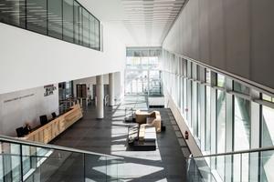 Kreativität, Flexibilität und Kommunikation, wichtige Werte der Funke Mediengruppe, sind für Besucher bereits im Foyer erkenn- und spürbar