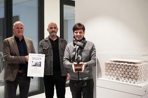Die Gewinner des BIM Awards 2020 v.l.n.r.: Carsten Boell (Geschäftsführer Interboden Innovative Gewerbewelten), Antonino Vultaggio (Partner HPP Architekten), Gerhard G. Feldmeyer (Geschäftsführender Gesellschafter HPP Architekten)