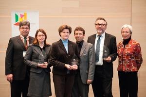 Bei der Verleihung des Best Paper Awards (hier die Preisträger dieses Jahres) im Rahmen der Kongresseröffnung am 22. Februar 2011 werden erneut die drei besten Vorträge ausgezeichnet<br />