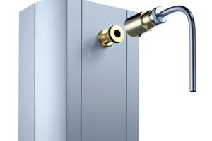 Für die Probenahme direkt am Duschkopf hat Schell spezielle Probenahme-Adapter für Duschköpfe im Portfolio, die die Anforderungen einer systemischen Untersuchung erfüllen<br />