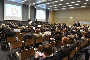 Das umfassende Informationsangebot des parallel stattfindenden FM Kongresses nahmen 510 Teilnehmer in Anspruch. In über 80 Vorträgen, Workshops und Diskussionsrunden vermittelten die Referenten aktuelles Branchenwissen aus Wirtschaft und Wissenschaft