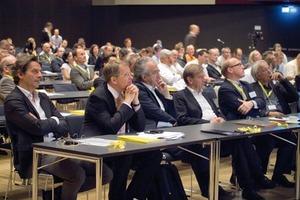 Mit einem hochwertigen Angebot an Fachvorträgen bot der internationale Kongress eine einzigartige Plattform für den Wissensaustausch. Internationale Referenten zeigten im Plenum sowie in den vertiefenden Workshops Perspektiven, Chancen und Wege für nachhaltiges Bauen<br />
