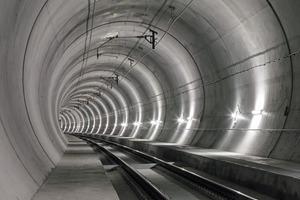 Im Schweizer Lötschbergtunnel wurden große Teile der Automationslösungen nur wenige Jahre nach Inbetriebnahme ausgetauscht