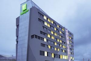 Das Holiday Inn-Hotel ist Bestandteil des Westside-Komplexes in Bern – hier galt es die Anlagentechnik im Konferenzbereich zu optimieren