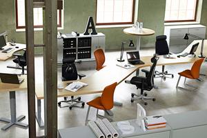 Lediglich 15 % der so genannten Generation Y wären zu Desksharing oder nonterritorialen Arbeitsplätzen bereit