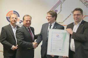 <p>N+P, Hersteller der CAFM-Software Spartacus, hat jetzt sein Qualitätsmanagement nach ISO 9000:2008 zertifizieren lassen. Durchgeführt hat die Zertifizierung die Dekra.</p>