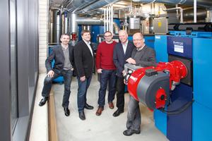 Das Projektteam (v.l.): S. Drobny (Buderus), V. Nordmann (Buderus), L. Meyer (Hoppert Heizungs- und Lüftungsbau), R. Hoppert (Hoppert Heizungs- und Lüftungsbau) und K. Schulze (Buderus)