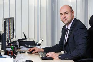 Matthias Strachard, Abteilungsleiter Verwaltung, schätzt die <br />Transparenz aller Geschäftsvorgänge, die sich durch den Einsatz <br />des Systems deutlich erhöht hat