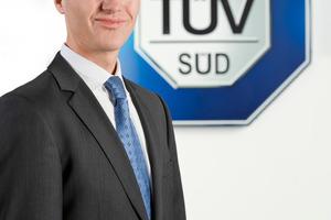 """""""Wir freuen uns sehr, dass wir unseren Kunden in Zukunft die Zertifizierung nach BREEAM In-Use und BREEAM International anbieten können"""", sagt Rüdiger Hornung, Geschäftsführer der TÜVSüd ImmoWert GmbH"""