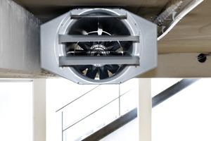 Die serienmäßig zweistufigen Motoren in den Schublüftern von Systemair ermöglichen einen energiesparenden Betrieb. Außerdem macht es die Umkehrung der Strömungsrichtung möglich, situationsabhängig virtuelle Brandschutzabschnitte zu bilden